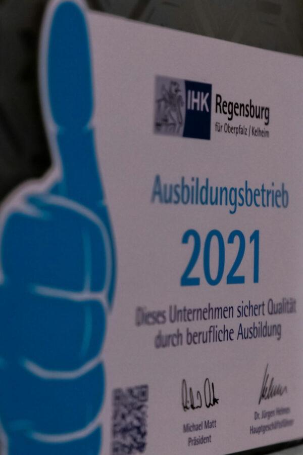 Büro-Ausbildungsbetrieb: Auszeichnung von der IHK Regensburg